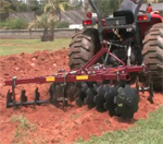 How To Use a disc harrow - model 300
